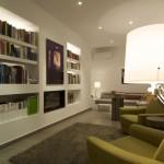 casa-geniol-322-biblioteca-noche