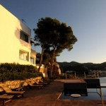 cubo-del-mar-112-exterior-con-piscina-atardecer