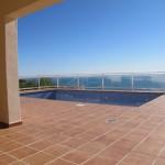 casa-monte-almendros301-porche-piscina